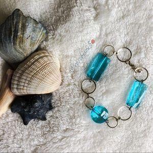 🇺🇸🆕 Silver-Tone & Aqua Bead Bracelet